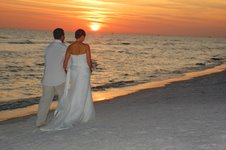 Sunset weddings on the beach in Florida