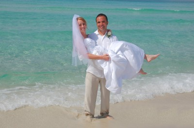 Destin Beach Weddings on Beach Weddings In Florida By Barefoot Weddings
